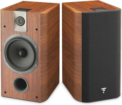 Focal Chorus 706 bookshelf speaker in walnut finish
