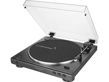 on an Audio-Technica LP-60XBT automatic belt-drive turntable