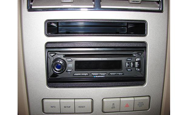 Metra 99-5813 Dash Kit Kit installed