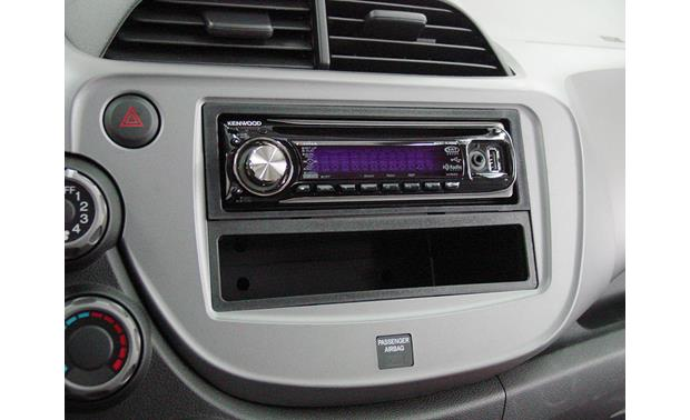 Metra 99-7877 Dash Kit Kit installed with single-DIN radio (sold separately)