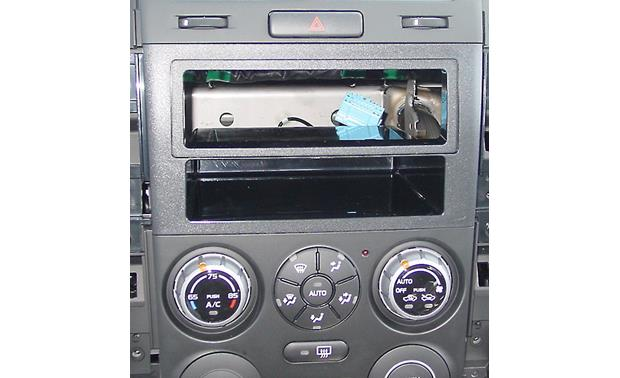 Metra 99-7953 Dash Kit Kit installed without radio