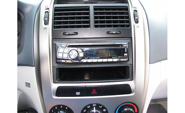 American International KIA-K1246 Dash Kit Installed