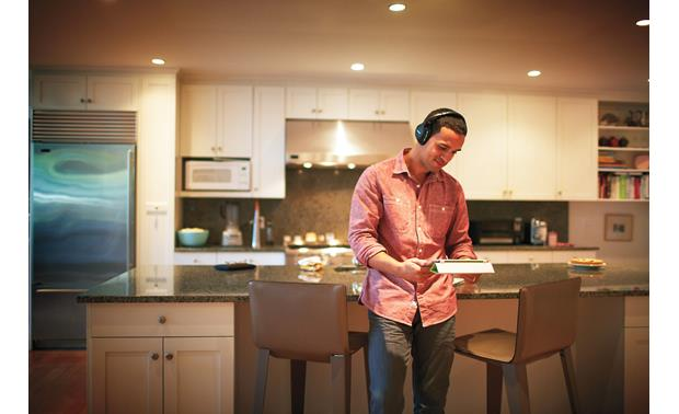 Bose® AE2w <em>Bluetooth</em>® headphones Wire-free listening