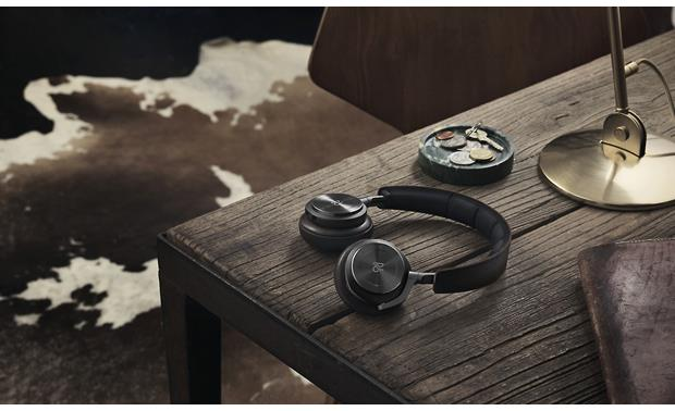 B&O PLAY Beoplay H8 by Bang & Olufsen Attractive design
