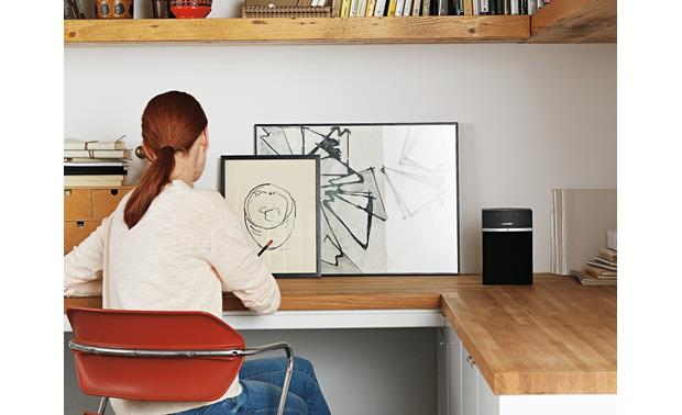 Bose® SoundTouch® 10 wireless speaker Black - compact enough to fit anywhere