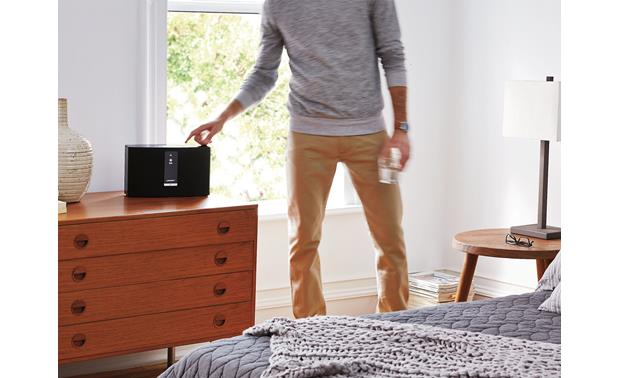 Bose® SoundTouch® 20 Series III wireless speaker Black - built-in control buttons make operation easy