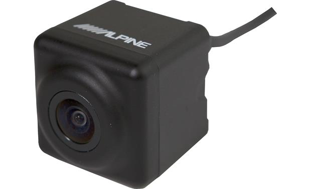 Alpine HCE-C1100 High Dynamic Range improves exposure adjustment for transitions between dark and bright locations.