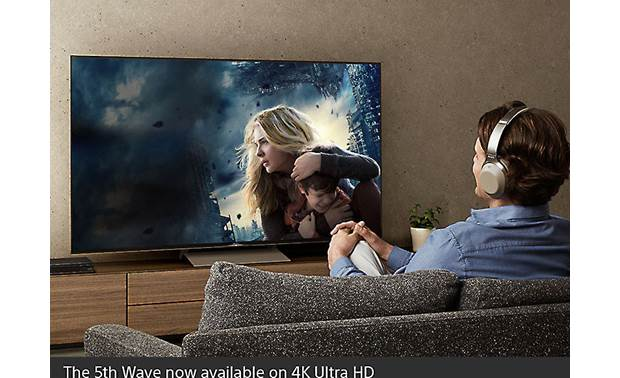 Sony UBP-X800M2 Sends movie audio wirelessly to your Bluetooth headphones (sold separately)