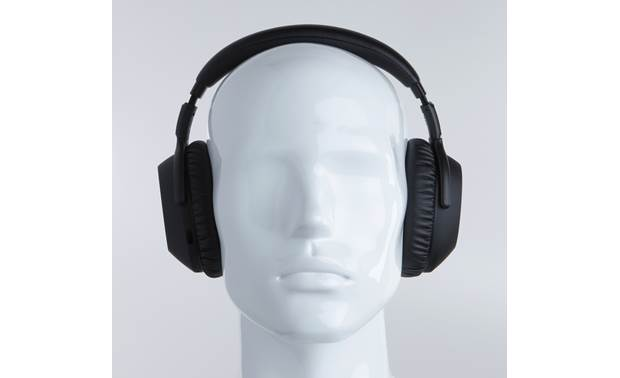 Sennheiser PXC550-II Wireless Mannequin shown for fit and scale
