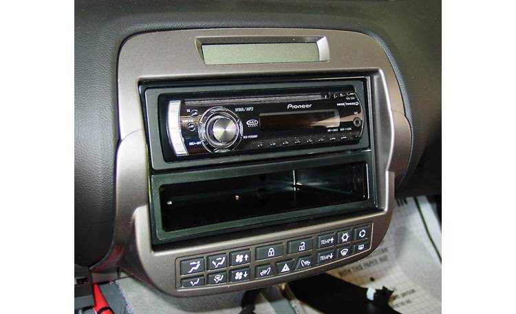 Metra 99-3010 Dash and Wiring Kit Installed w/ single-DIN receiver