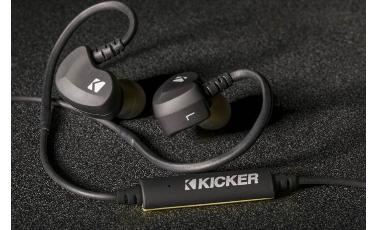 Kicker EB300 A built-in remote lets you control music playback and take calls wirelessly